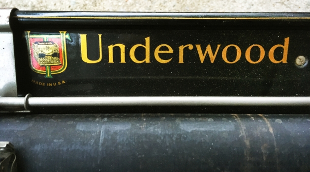 """Underwood """"5"""" from the maker logo on the top..."""