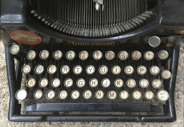 """Underwood """"5"""" from the keyboard..."""