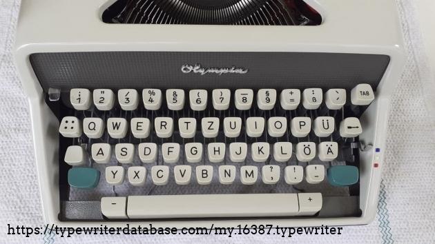 Olympia SM7 keys