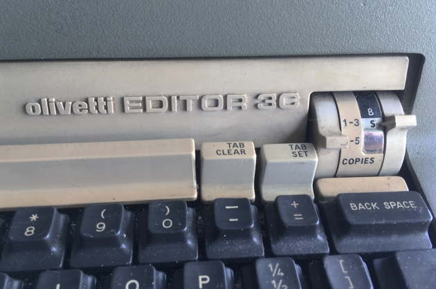 """Olivetti """"Editor 3C"""" from the logo on the front..."""