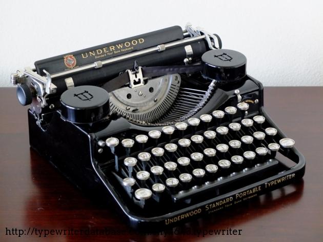 1929 Underwood Portable 4 Bank On The Typewriter Database