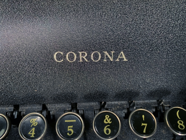 """Smith Corona """"Standard"""" from the maker logo above the keyboard..."""