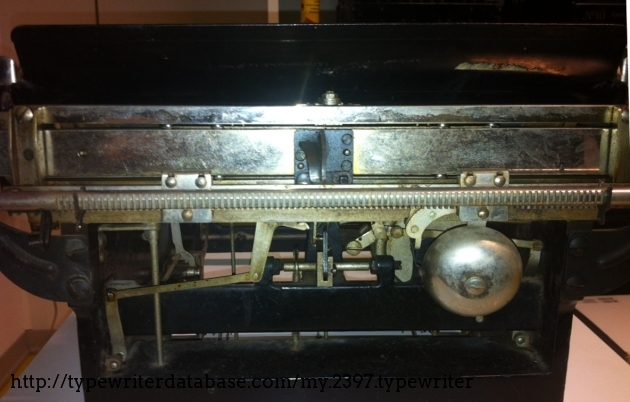 As you see the carriage runs smooth on 8 ball-bearings.
