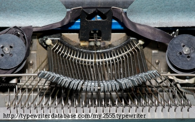 Note the lack of plastic pieces in the chassis and typebar linkages! This is one serious typing machine!