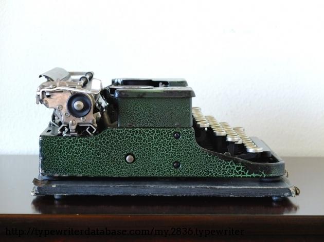 1927 royal p typewriter  p10335 twdb