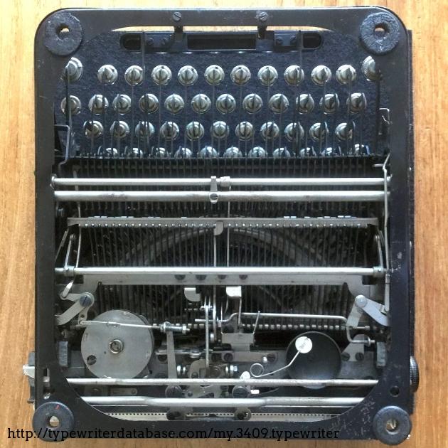 Bottom view of machine mechanism