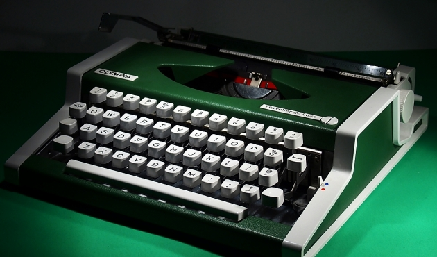 http://typewriterdatabase.com/img/g4174_15822__15822_1422762433.jpg