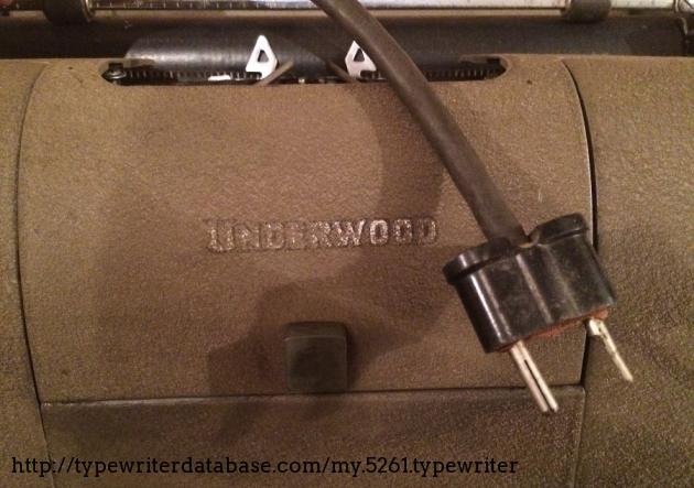 I´m surprised this thrashed plug still works...