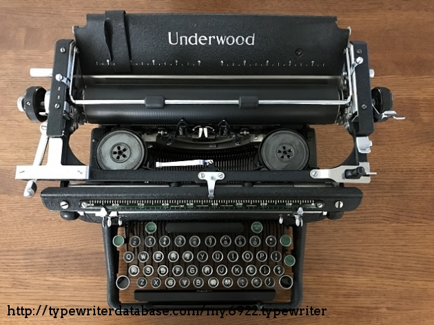 Top view of the typewriter.