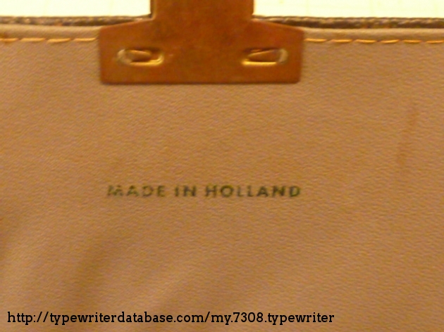 The carry bag is also holland made