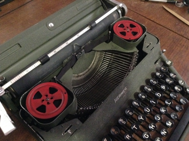 I painted the tops of some rusty Corona spools International Harvester Red.  I love how they look on this typewriter.  Subtle but a little extra flair on a machine which is fairly drab.