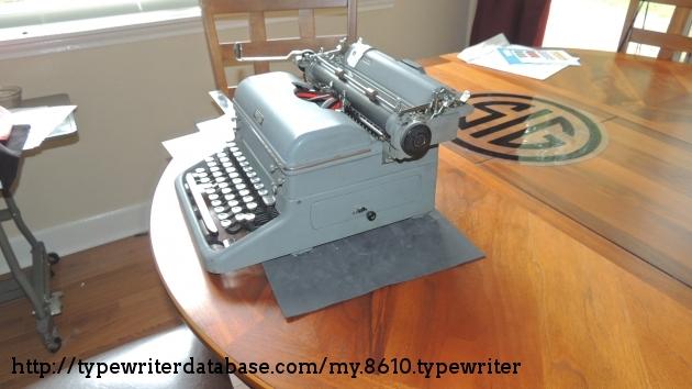 1952 Royal Kmg On The Typewriter Database