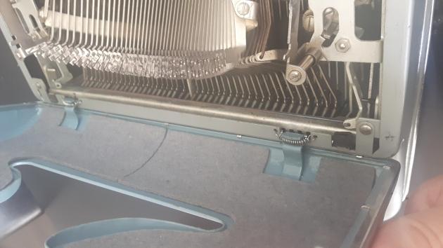 hinged ribbon cover