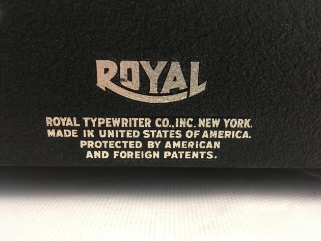 """Royal """"Quiet De Luxe"""" detail..."""