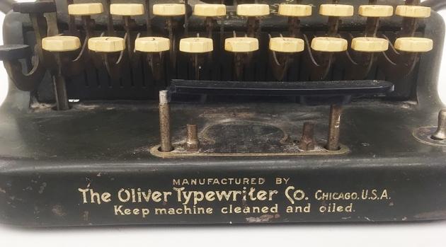 """Oliver """"5"""" front bottom detail 1,,,"""