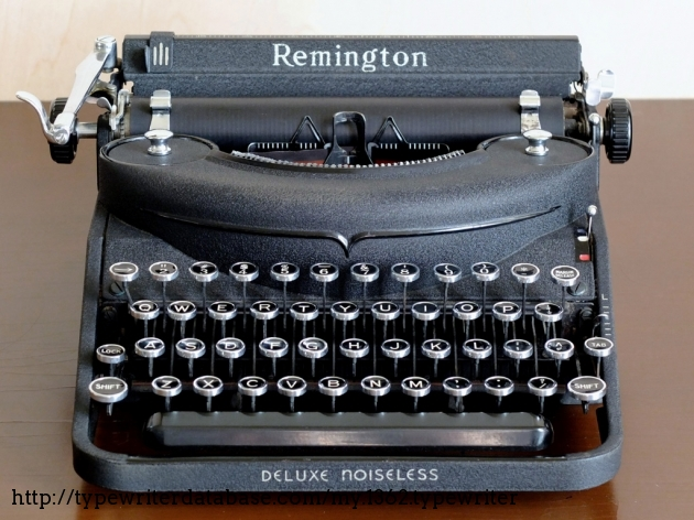 the noiseless typewriters Speciality full size manual typewriters that are excellent functioning models we target include the royal #10 or glass sides, royal kmm and the full size underwood noiseless machines acceptable to us have a rating of good, very good or excellent.