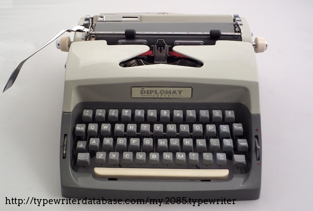 1960 zeta consul diplomat super typewriter 224023712 twdb for Consul database