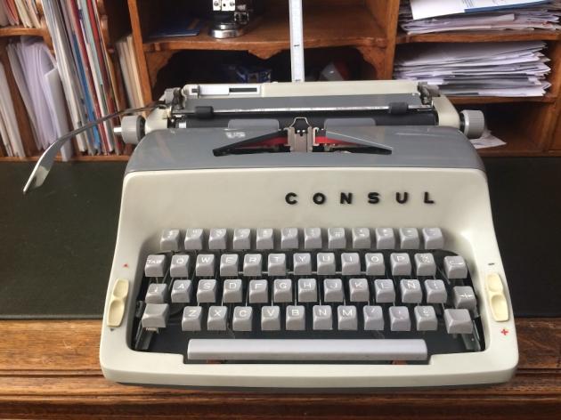 1966 consul 221 typewriter 6 221 002631 twdb for Consul database