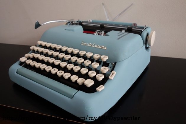 I bought a top cover from a S-C Silent to protect the typewriter from dirt and damage.