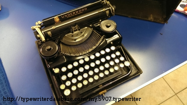 1928 Underwood Portable 4 Bank